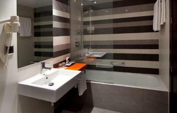 Bagno Hotel Nuevo Torreluz