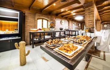 Colazione Hotel Nuevo Torreluz